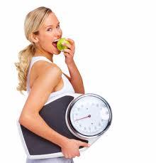 Худеем благодаря физическим упражнениям и правильному питанию.