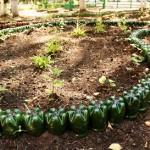 Поделки своими руками для сада и огорода.