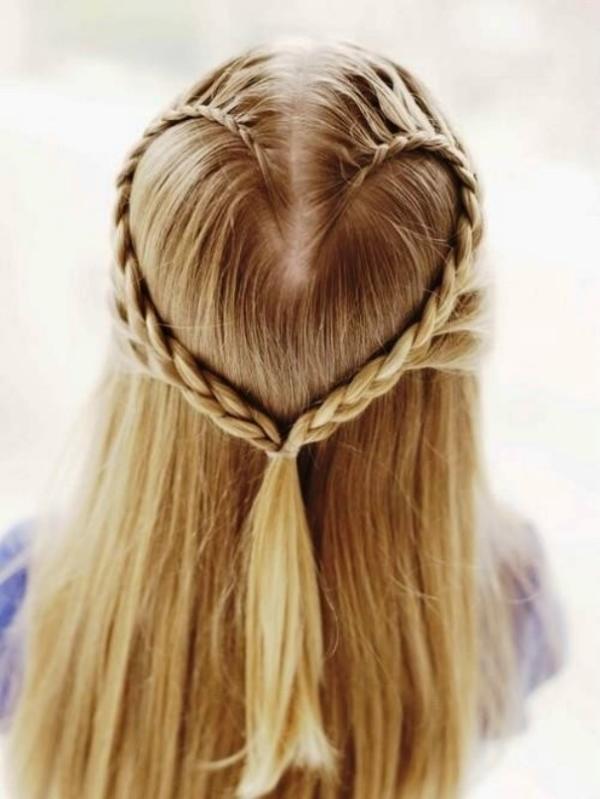 Причёски для девочек дома