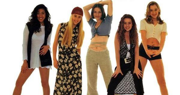 Популярная мода в 90-х годах.