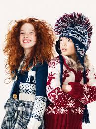 Зимние узоры - это всегда стильно, особенно в детской одежде.