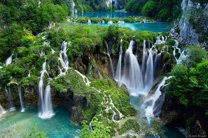 Плитвицкие озёра и водопад