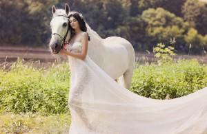 Платье для встречи года Лошади